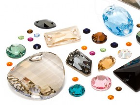 Sew-on Crystals of Swarovski Elements (Multi Form Mix)
